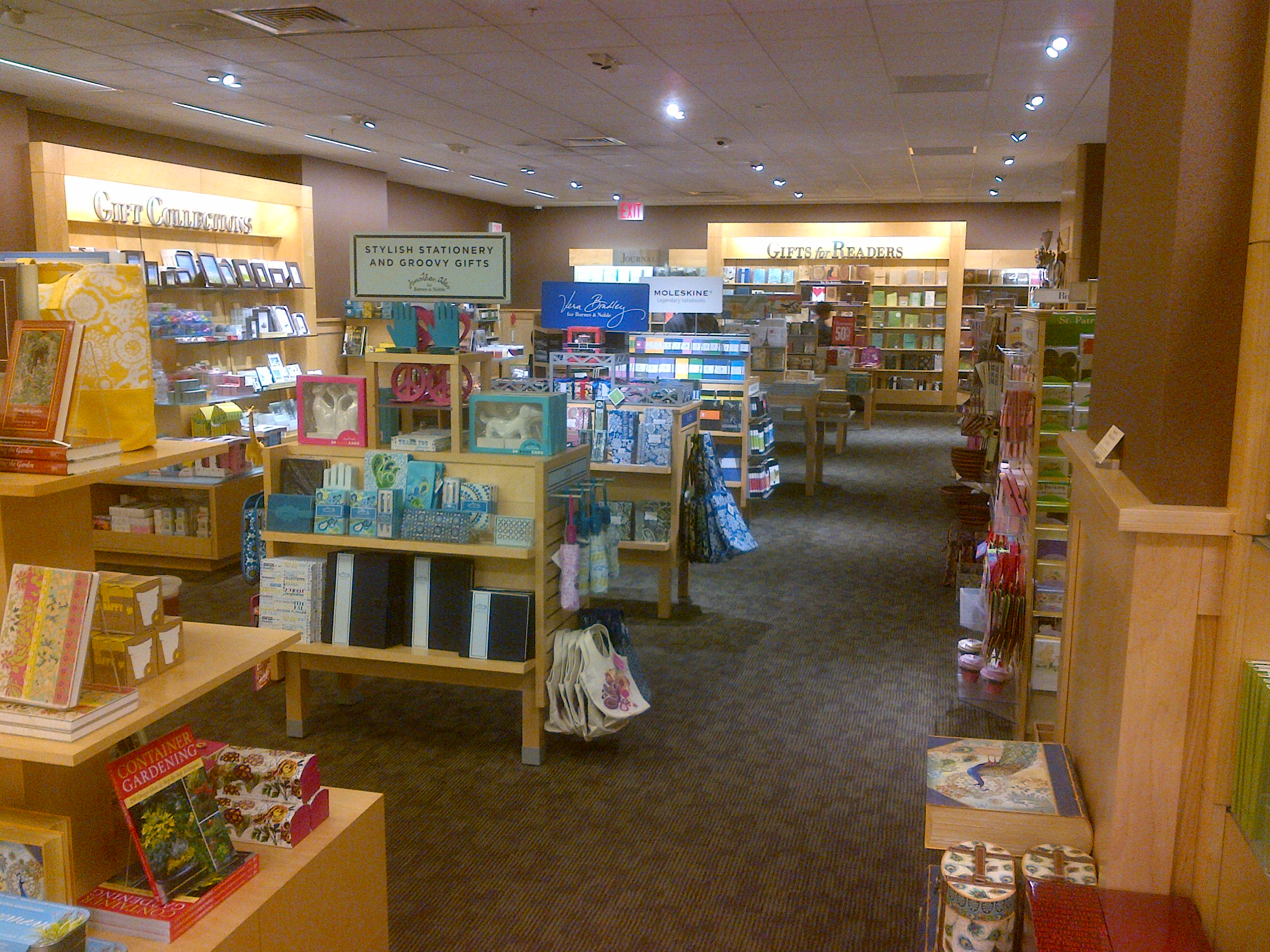 Barnes & Noble | Front of Store